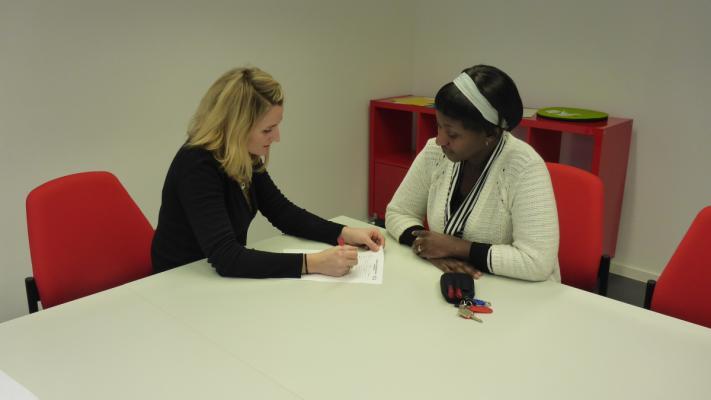 Beraterinnen und Berater in den Freiwilligenzentren nehmen sich individuell Zeit das Richtige zu finden ©FWZ Innenstadt